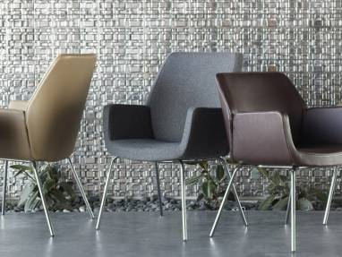 Bindu Guest Chair