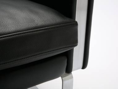 Close-Up of a CH100 Lounge Seating