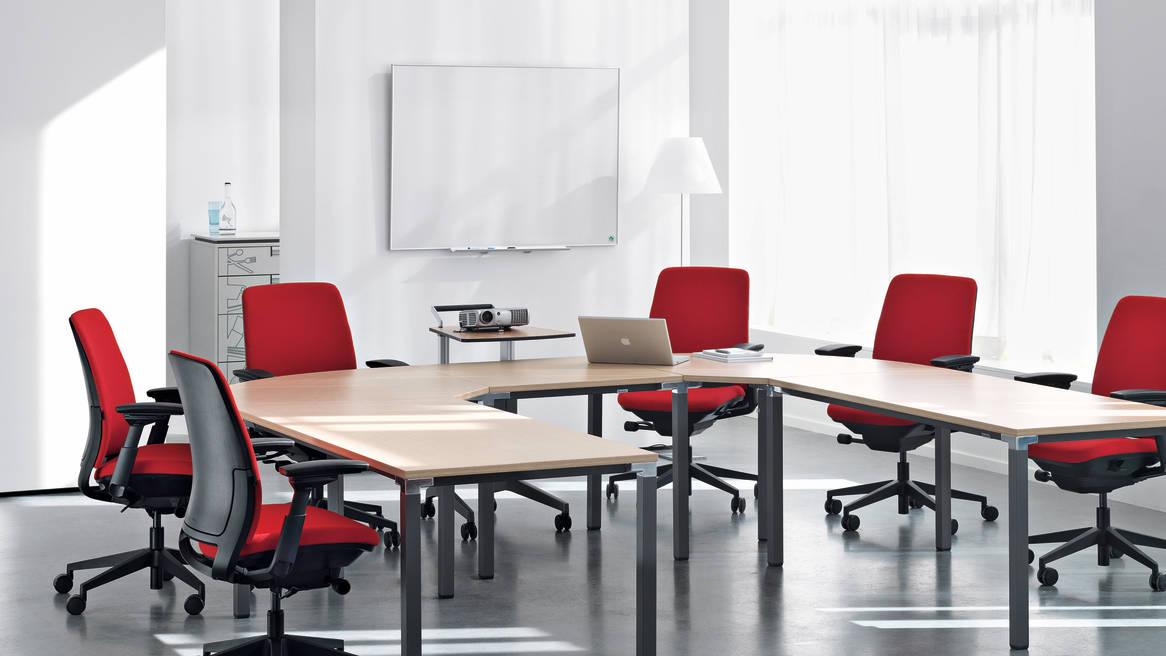 Kalidro Conferencing Table