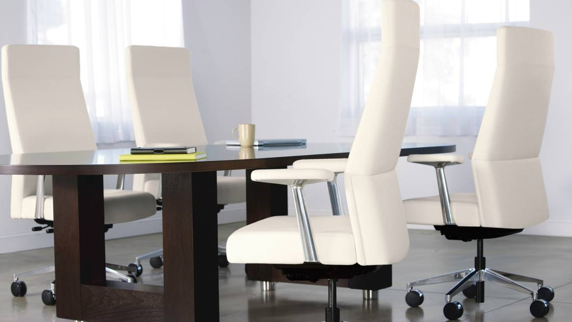 Convene Table + Siento Chair