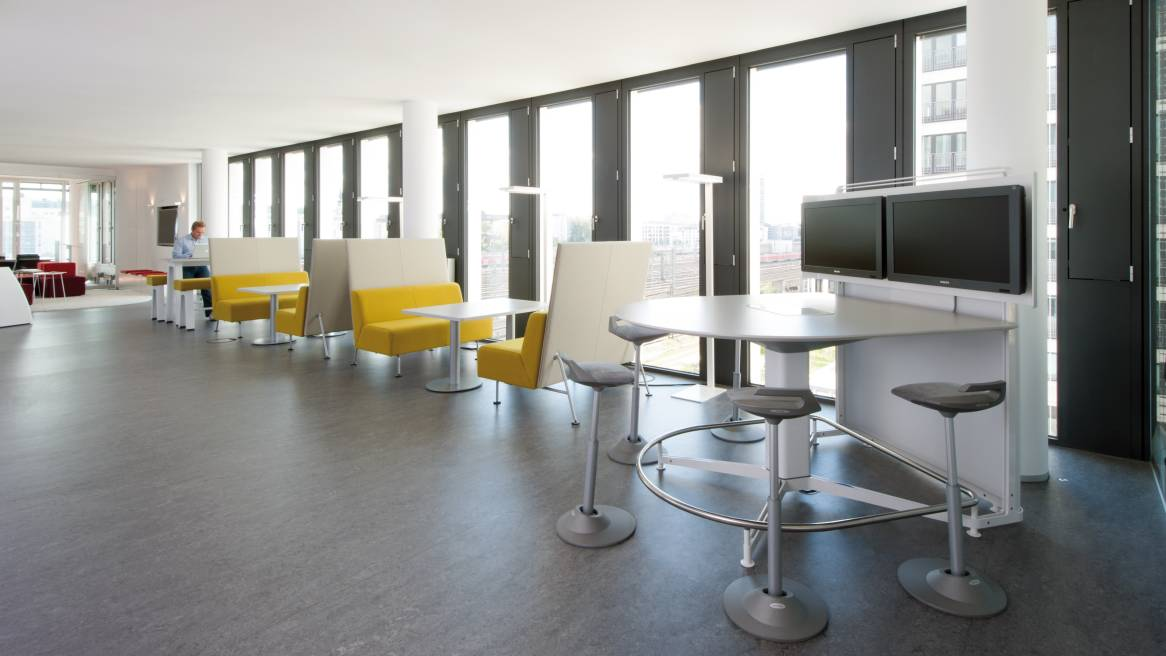 forum baucultur raum f r au ergew hnliche ideen steelcase. Black Bedroom Furniture Sets. Home Design Ideas