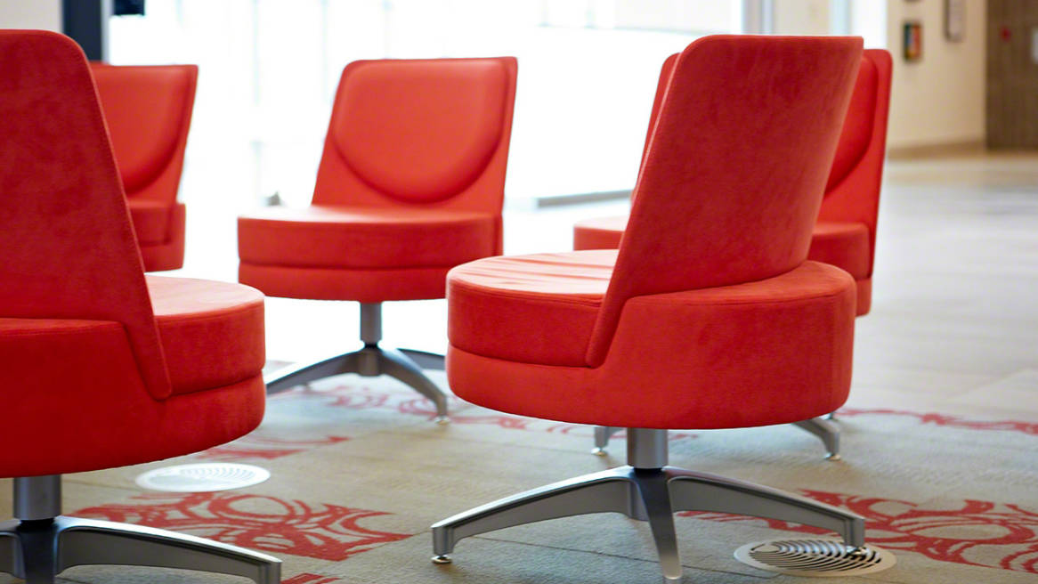 Five Topo Swivel Lounge Chairs with 4 point bases in a circle