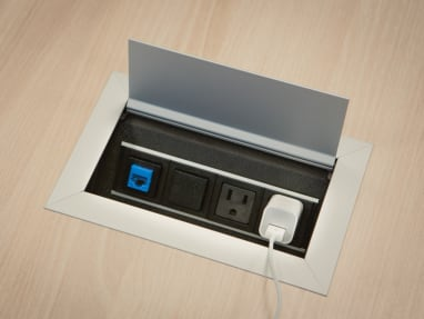 Payback office desk with integrated power and cable management