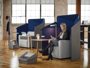 Gray and blue Clipper screens around a Jenny Club Low chair
