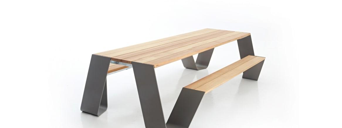 Hopper table