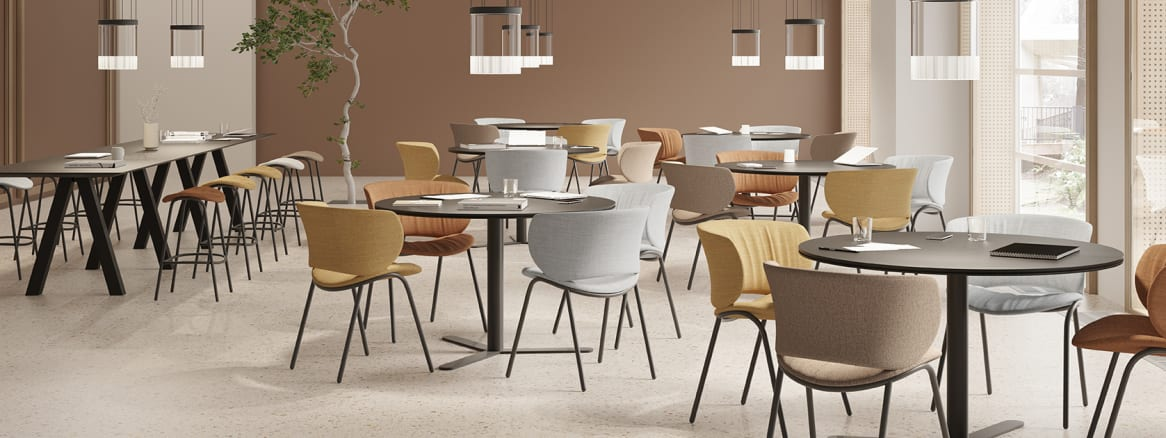 Viccarbe – Funda Chair, by Stefan Diez (2)_16x6