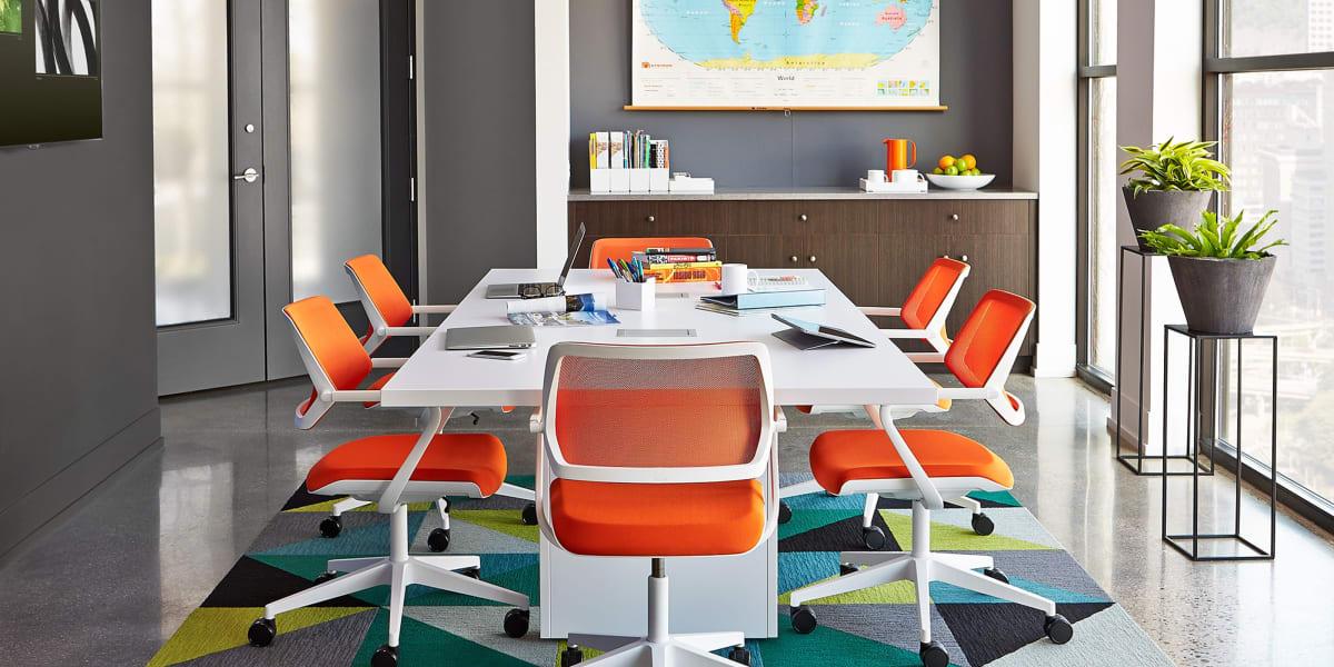 QiVi Collaborative Chair
