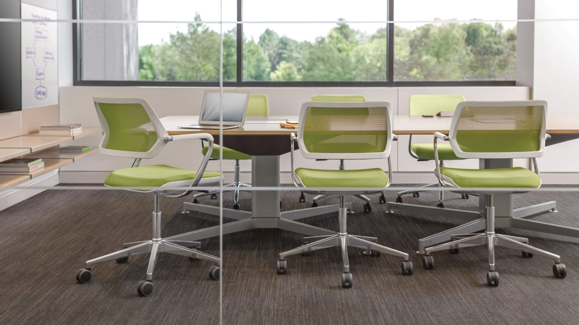 QiVi Collaborative Chairs around a table in a collaboration room