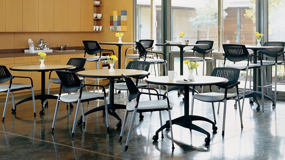 Au Lait Table