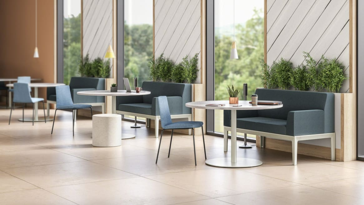 A cafe setting with Steelcase Regard seating, Montara650 chairs, and Groupwork tables