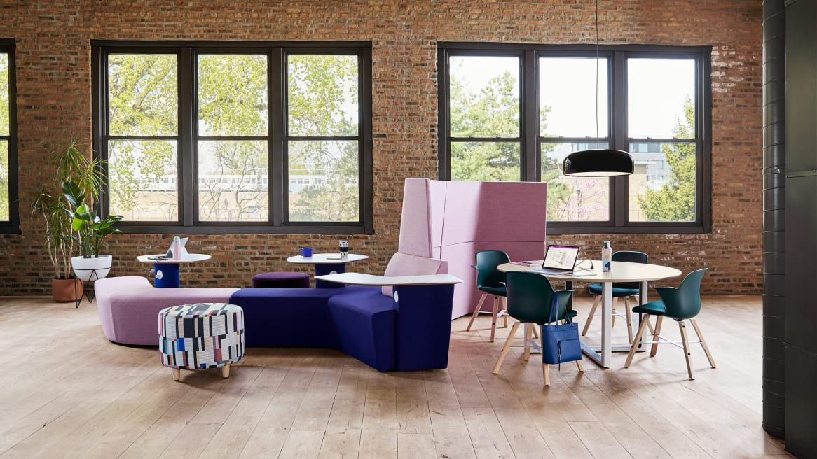 Social environment with Orangebox Away from the Desk lounge, Turnstone Alight ottoman, Verlay table, and Node Wave 6 chairs
