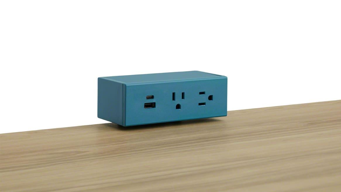 Steelcase Powerstrip Plus