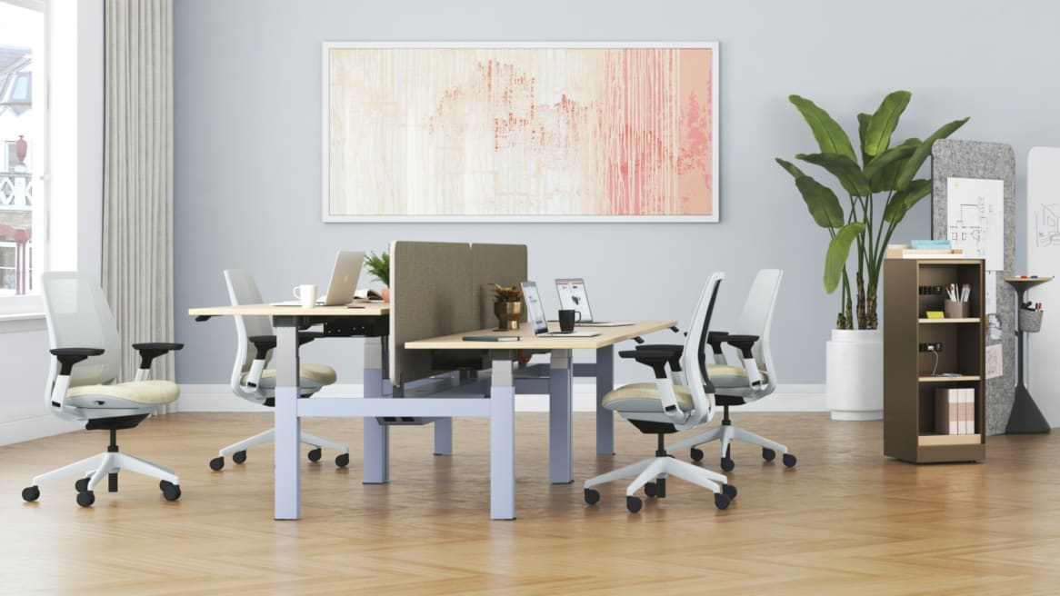 Steelcase Series 2 and Migration H-Bench in work environment
