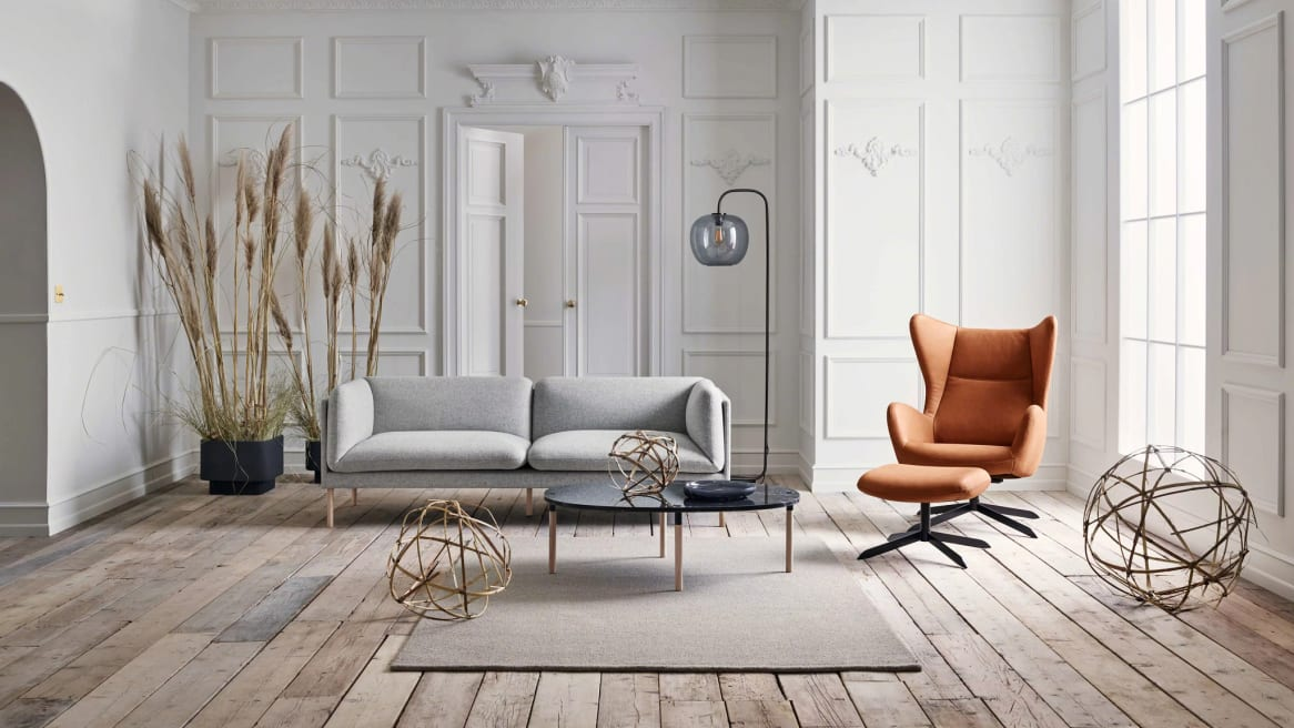 beautiful setting with Solo armchair and solo sofa