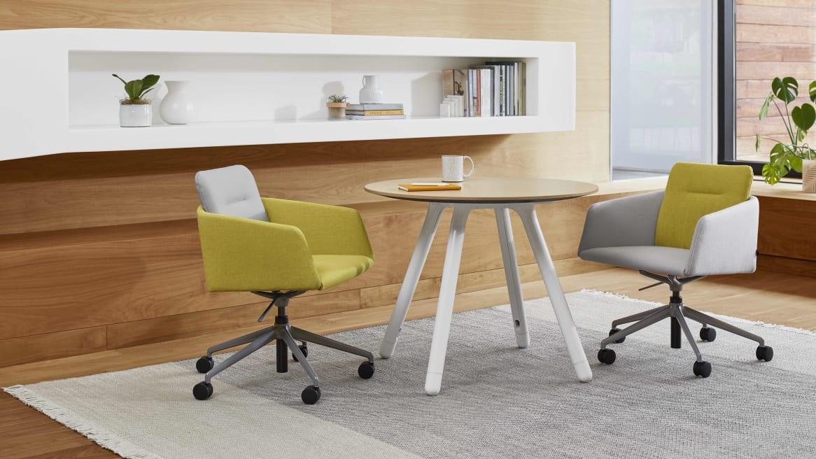 two marien152 chairs with 5-star base