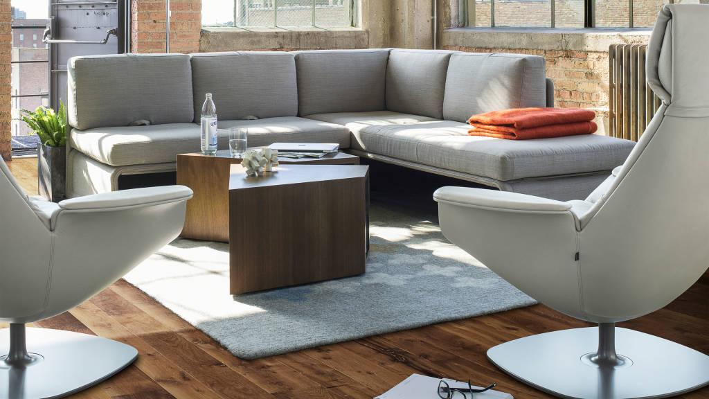 Massaud Lounge