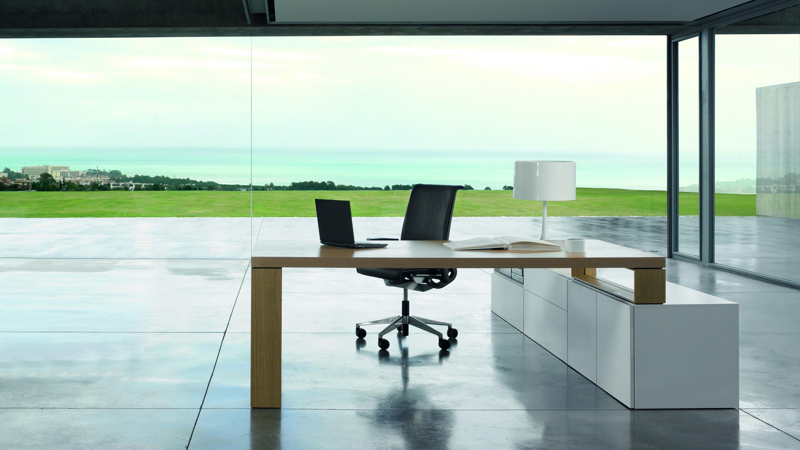 P60 Manager Schreibtisch – Elegante Schreibtische von Steelcase