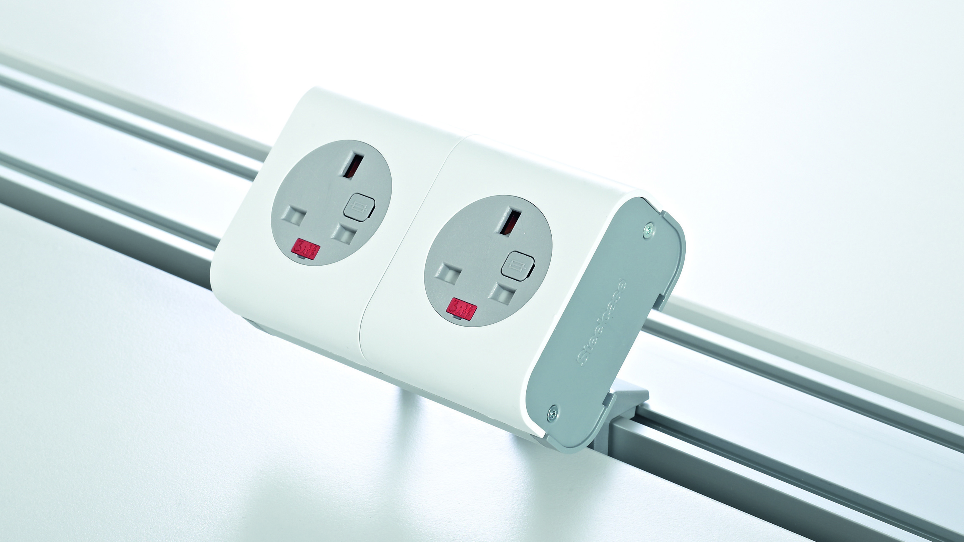 Connecting Hub Power Units for Mobile Work - Steelcase