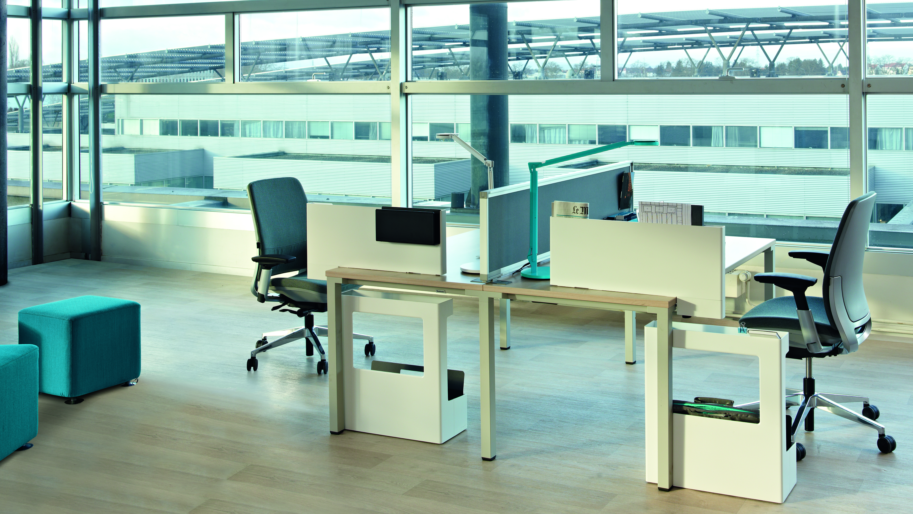 Amia Bürostuhl – Ergonomischer Bürodrehstuhl von Steelcase