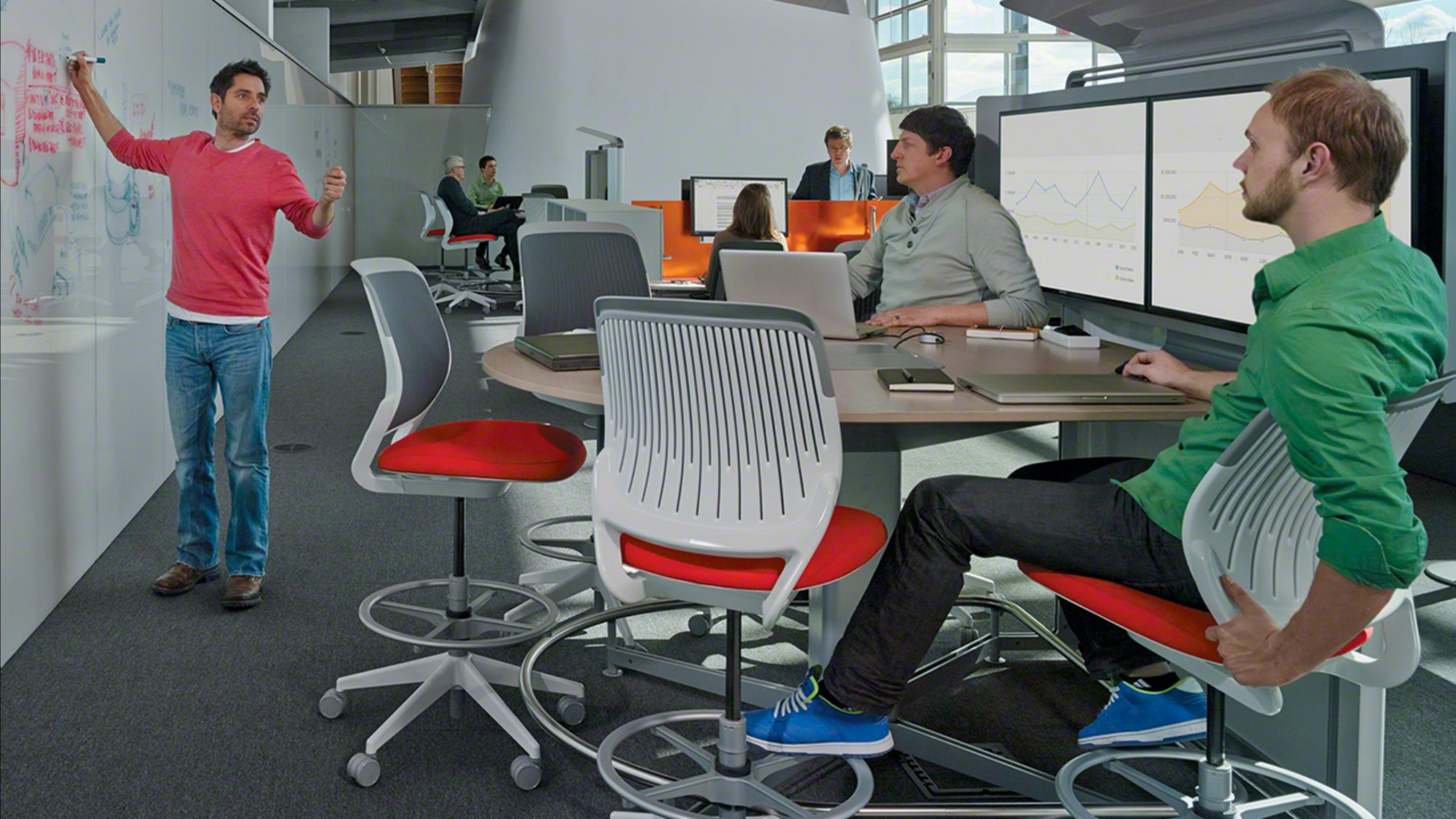 Bilder von Steelcase Gesture, Steelcase Think und weiteren Möbeln ...