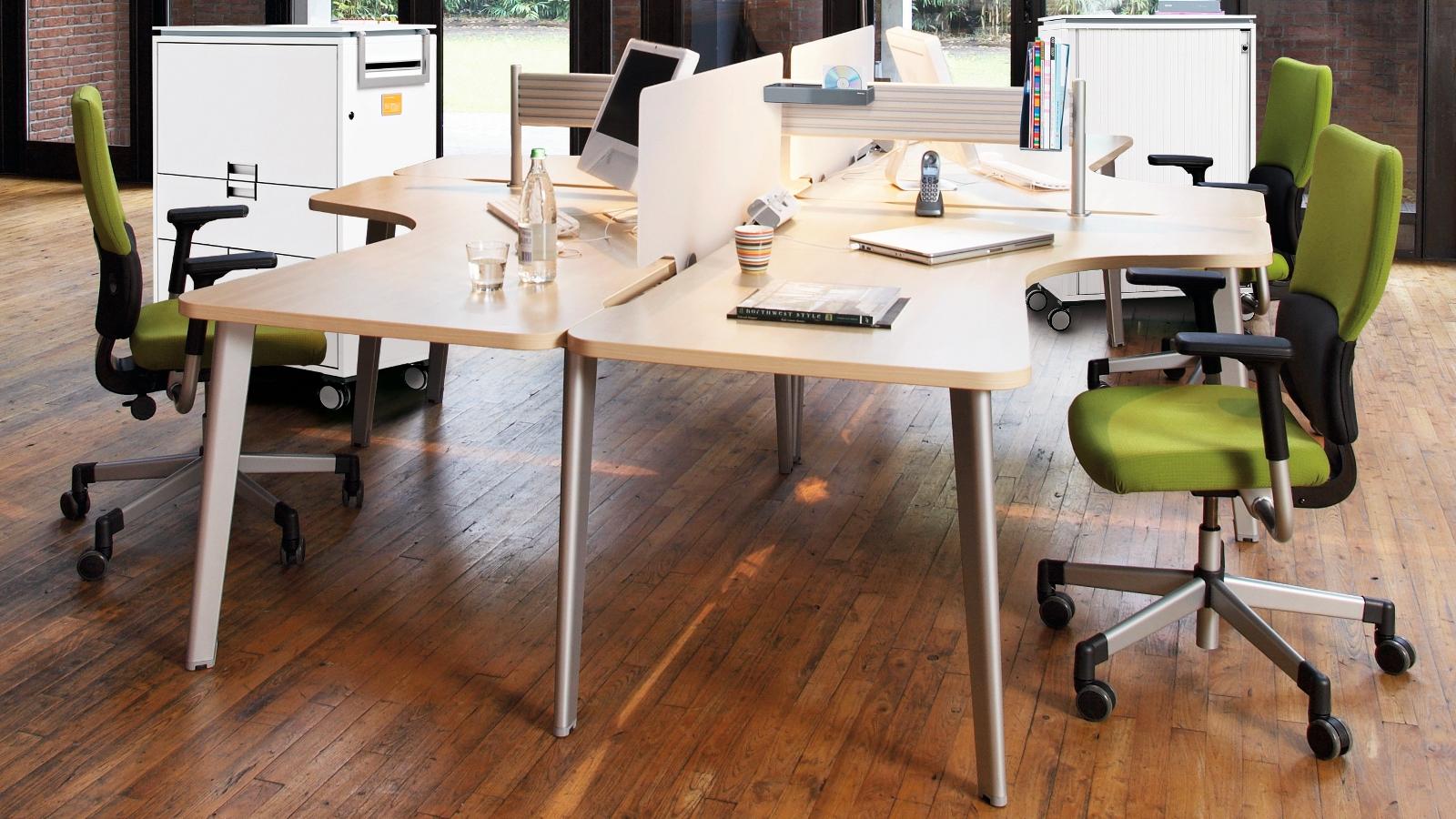 Movida versatile office workstation desk steelcase - Bureau des contributions directes luxembourg ...